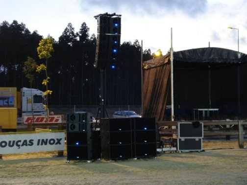 Touring& Live Sound Solution
